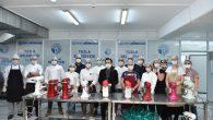Ünlü şefler, ihtiyaç sahibi 65 yaş üstü 3 bin Tuzlalı'ya bayram tatlısı hazırladı