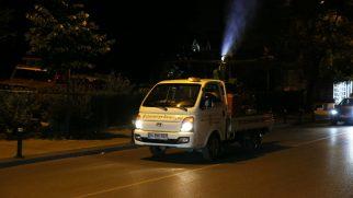 Ümraniye'de Çevre Dostu İlaçlama Gece de Sürüyor