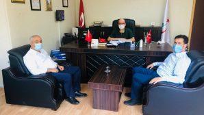 Vekil Yaman ve Başkan Büyükgöz Sağlık Müdürü Kadıoğlu'nu ziyaret etti