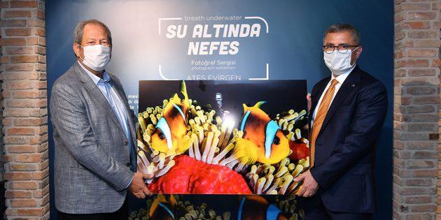 "EVİRGEN'İN ""SU ALTINDA NEFES SERGİSİ"" NEFESLERİ KESTİ"