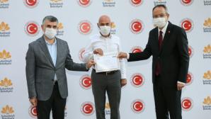 Sultanbeyli'de afet eğitimine katılan muhtarlara katılım belgeleri takdim edildi