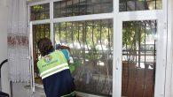 Tuzla'da İhtiyaç Sahibi Vatandaşların Evleri Dezenfekte Ediliyor