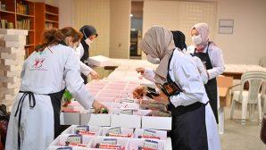 Gönül Elleri Çarşısı Pandemide de Kadınların Elinden Tuttu