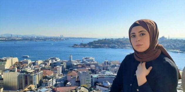 Sultanbeyli'de İntihar Eden Genç Kızın Paylaşımları Dikkat Çekti