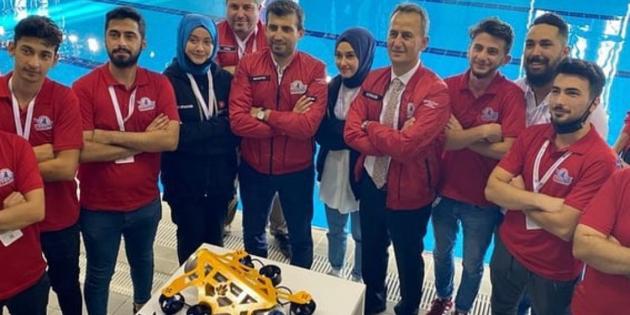 İstanbulensis Robotik Takımı Teknofest'te 2. Oldu