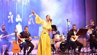Tuzla Belediyesi 2021-2022 Kültür Sanat Sezonu Dokunanlar Sergisi Ve Sevcan Orhan Konseri İle Açıldı