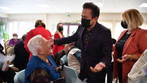Tuzla'da 65 Yaş Üstü Büyükler Unutulmaz Bir Gün Yaşadı